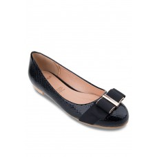 Black Flats With Wide Bow